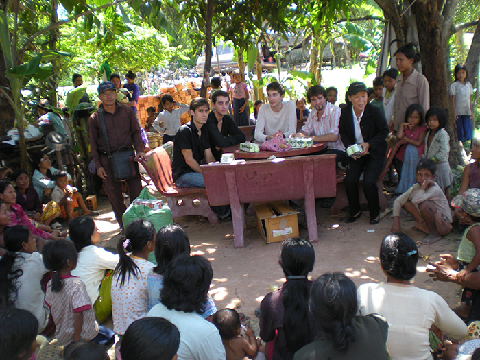 How Cambodia Volunteers Giving Expertise 19