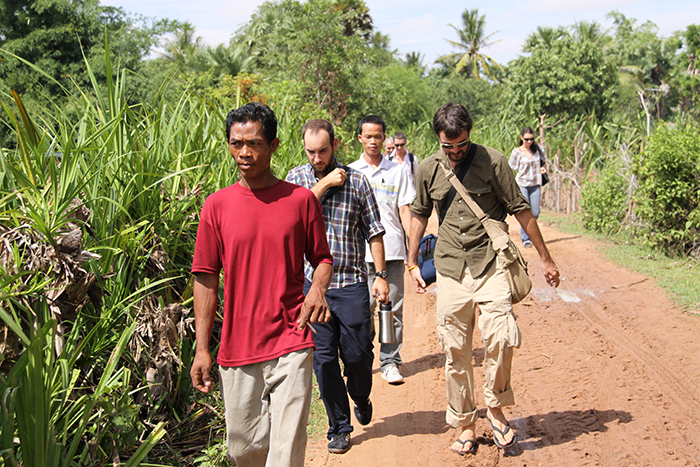 How Cambodia Volunteers Giving Expertise 2